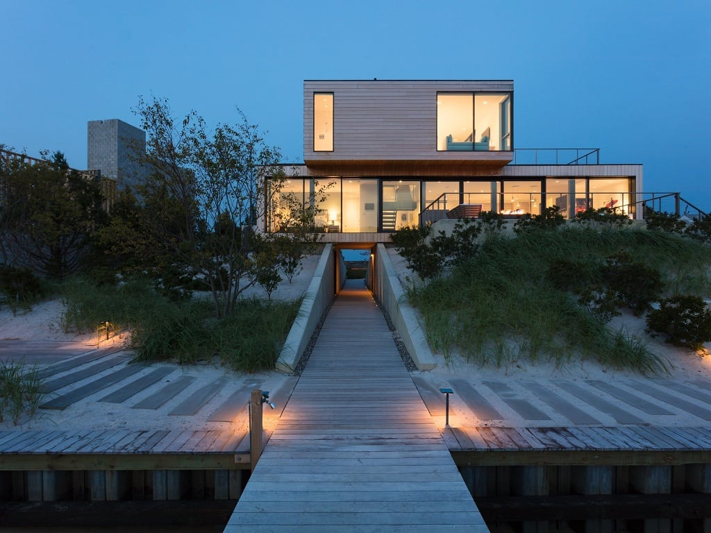These homes can withstand hurricanes, earthquakes and fires