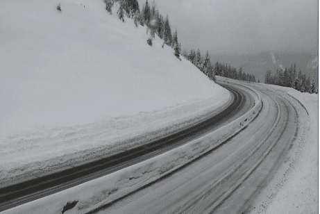 Snow slide blocking I-90 traffic near Montana/Idaho border